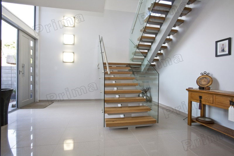 Mono Stringer Solid Wood Treads Staircase Glass Balustrade Stairs