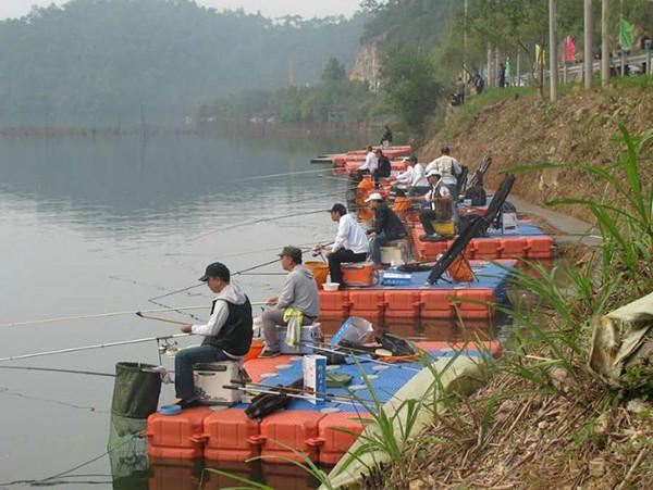 Hdpe pontoon for boat docks for sale hdpe pontoon for Floating fishing platform