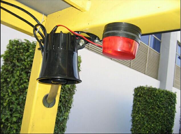 forklift over speeding alarming light and horn alarm over speed